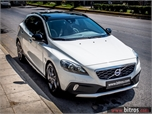 Volvo V40 Cross Country SUMMUM -PANORAMA +BOOK '15 - € 18.800 EUR